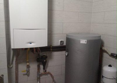 kocioł gazowy kondensacyjny ,zasobnik na wode